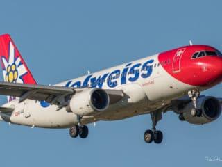 HB-IJU - A320 - Edelweiss