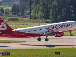 HB-IOZ - Airbus A320 - Air Berlin