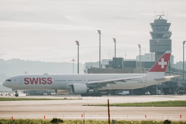 HB-JNE - B777 - Swiss