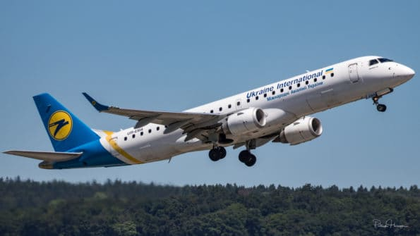 UR-EMA - Embraer ERJ-190 - Ukraine International Airlines