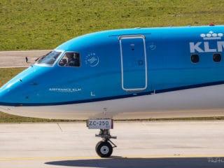 PH-EZC - ERJ-190 - KLM