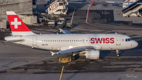 HB-IPT - A319 - Swiss