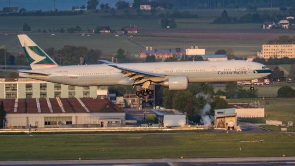 B-KQU - B777 - Cathay