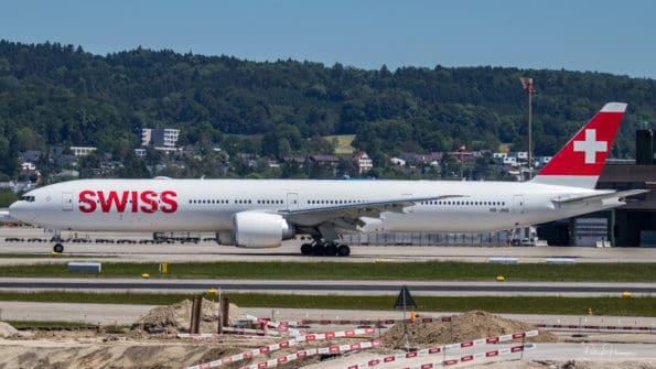 HB-JNG - B777 - Swiss