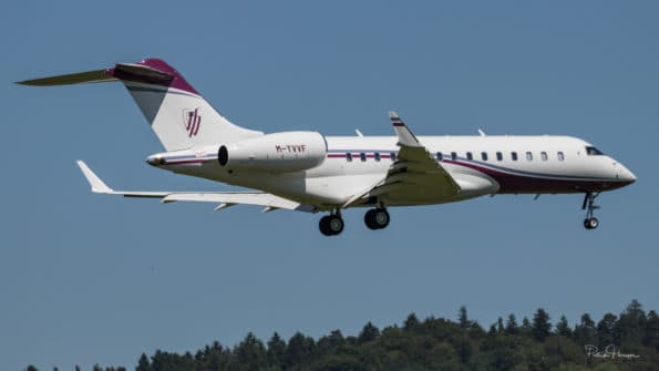 M-YVVF - Bombardier Global 6000